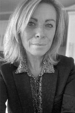 Sandra ROBELET - Corporate and Team